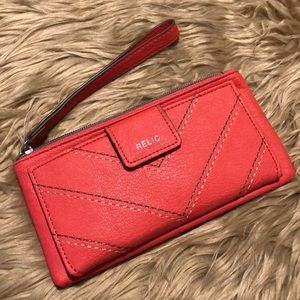 NWOT Relic Coral Wallet/Wristlet (A509)